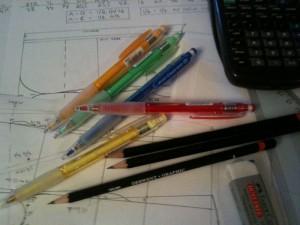 Mönsterkonstruktion - Papper och pennor